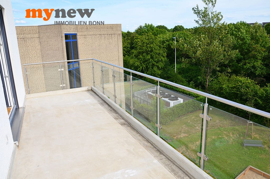 Drei-Zimmer-Wohnung-Finkenhofpark-D15-Balkon-3