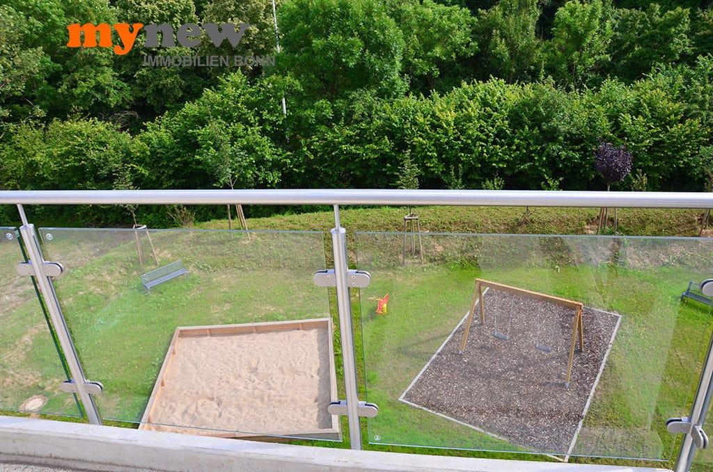 Drei-Zimmer-Wohnung-Finkenhofpark-D15-Balkon-4