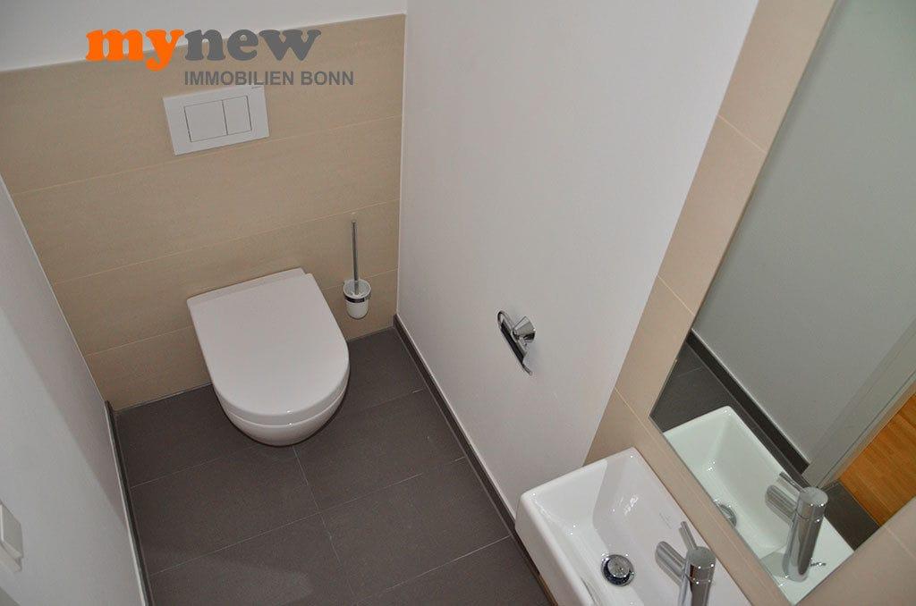 Drei-Zimmer-Wohnung-Finkenhofpark-D15-Gäste-WC