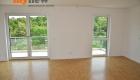 Drei-Zimmer-Wohnung-Finkenhofpark-D15-Wohnzimmer-4