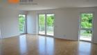Drei-Zimmer-Wohnung-Finkenhofpark-D15-Wohnzimmer-5