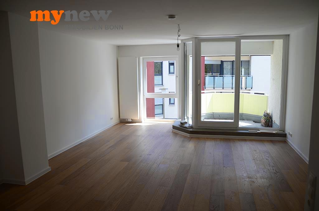Bonn Beuel Frisch Sanierte Zwei Zimmerwohnung Wohnzimmer Balkon